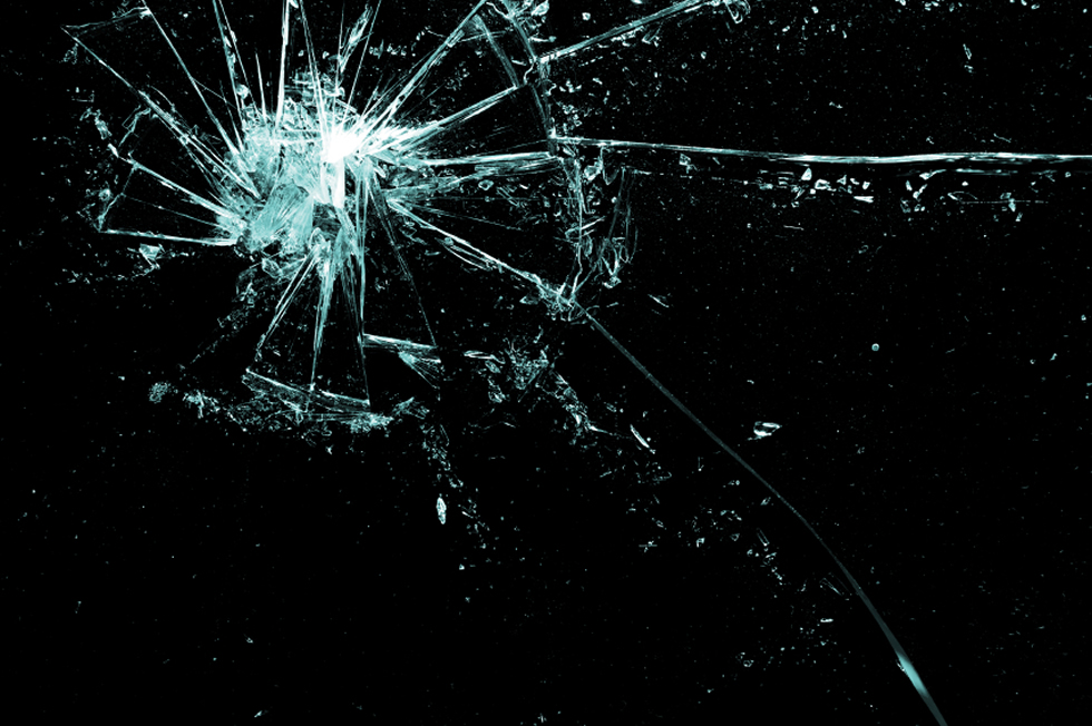 brokenglass980
